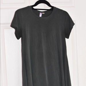 Francesca's Olive Green T-Shirt Dress